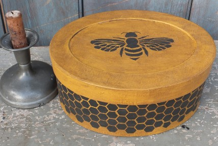 Folk Art Box - Bee