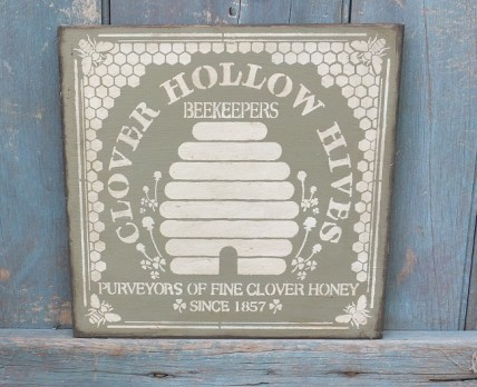 Primitive Wood Sign - Clover Hollow