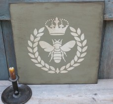 Primitive Wood Sign - Queen Bee